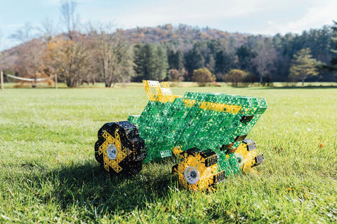 Qubits Tractor Photo