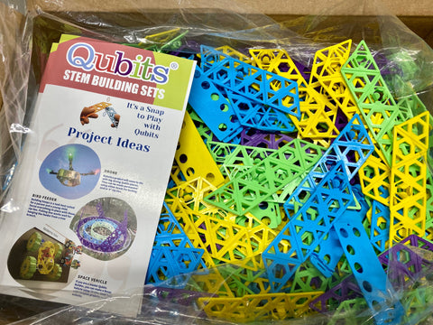 500 PIECE Super Colossal Classroom STEM Bundle - Qubits Toy, Qubits STEM - Construction Toy, Qubits Toy - Qubits Toy, Qubits Toy - Qubits Construction Toy
