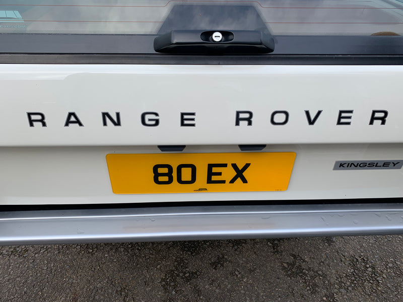 RTC6466 - Range Rover Classic Decal Front and Rear in Black with a Silver edge