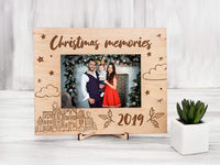 Christmas Memories 2019 Christmas Picture Frames Wood Photo Frame Christmas Family Gift Custom Picture Frame Holiday Gifts for Grandparents Parents Custom Christmas Gift Frame 4x6 inches