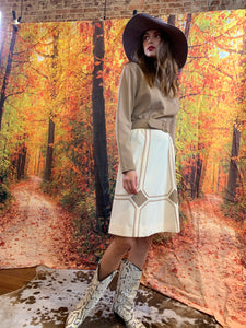 Creamy/taupe belted winter dress