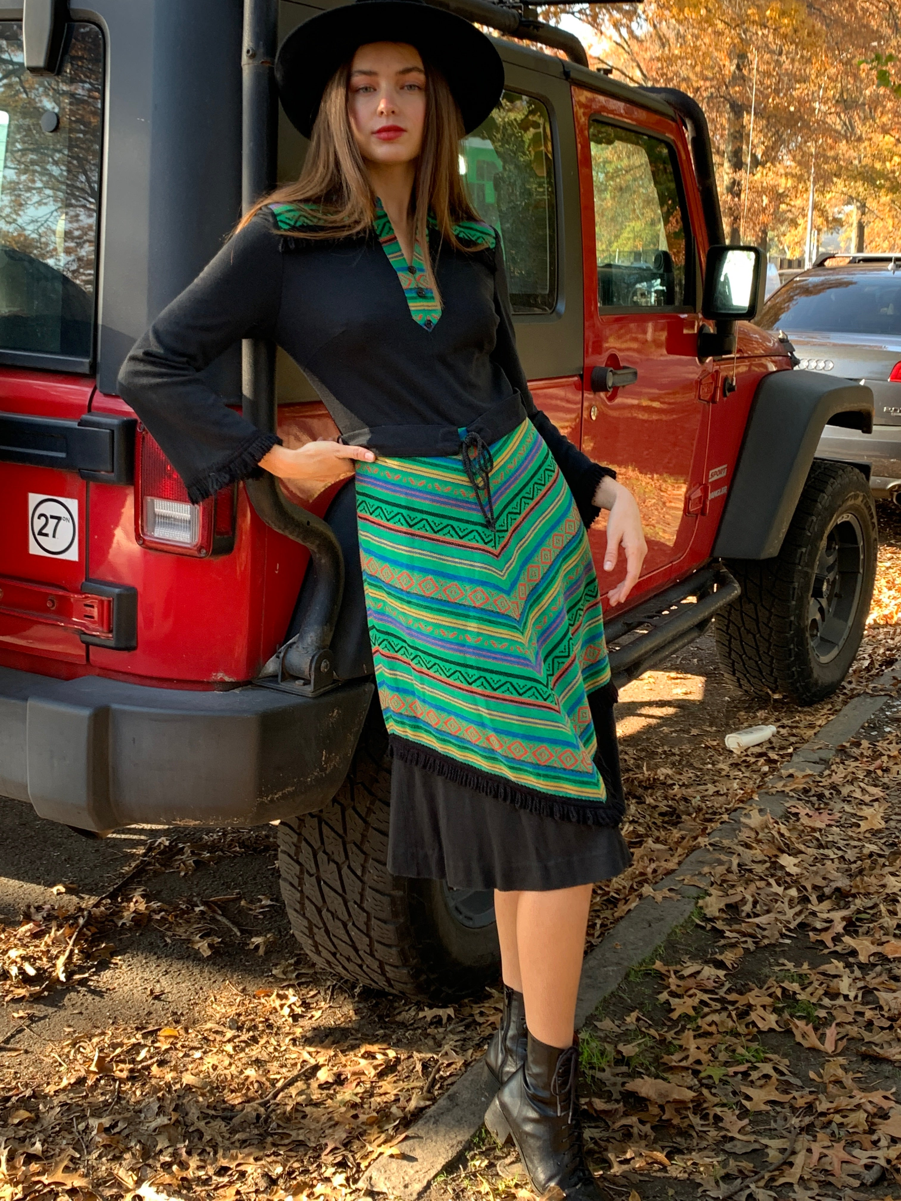 Knit bottom half chevron dress