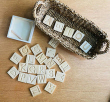 Laden Sie das Bild in den Galerie-Viewer, Wooden Alphabet Tracing Cards