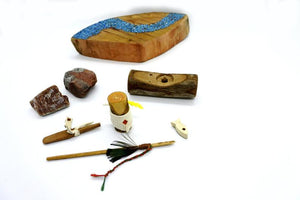 Plain Indian and Canoe- Waldorf Unique Toy - set content