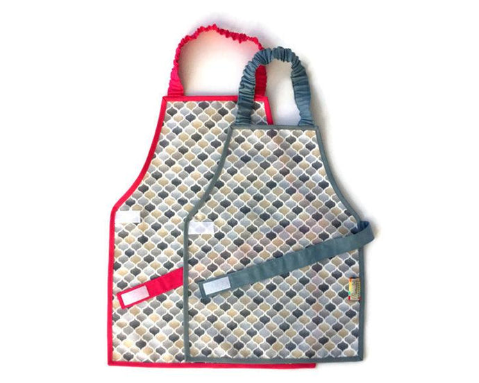 Montessori Honeycomb Apron - Support Children´s Independence