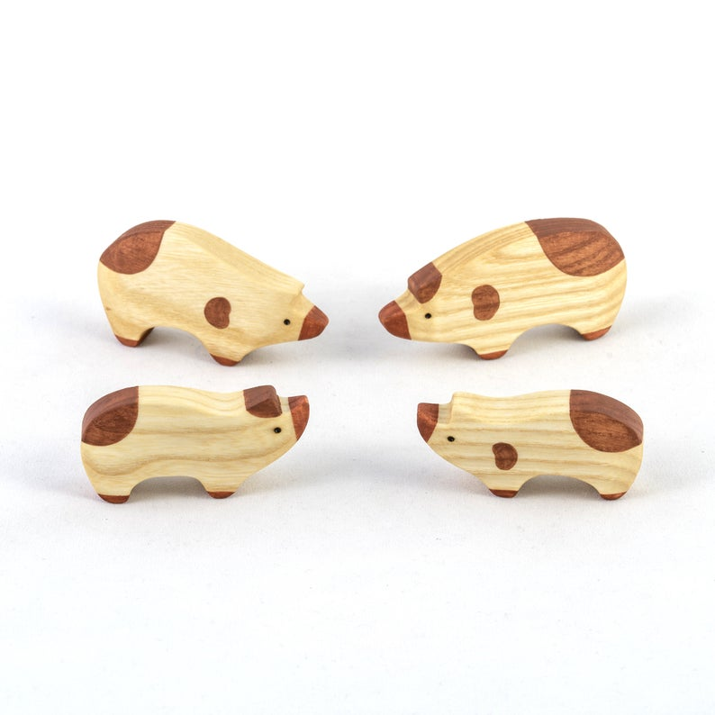 Pigs Family - Wooden Handmade Montessori Open-ended Toy