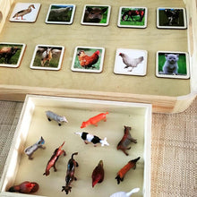 Laden Sie das Bild in den Galerie-Viewer, Matching Activity Farm Animals Miniature - Object To Card Montessori Waldorf