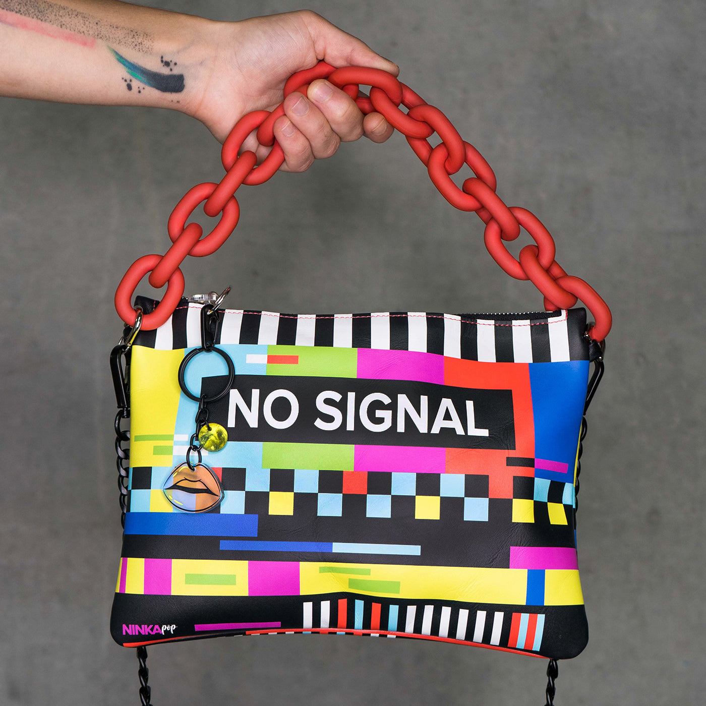No Signal leather purse PRE-ORDER (red chain)