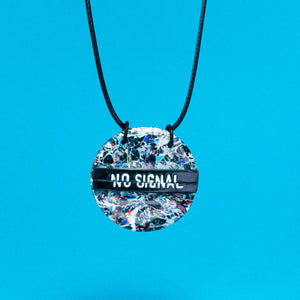 No Signal cracked screen necklace