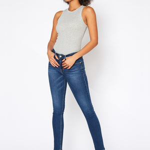 Betsy Mid Rise Skinny In Concord