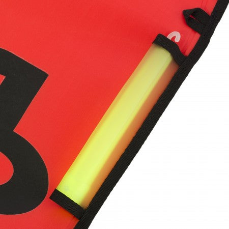 smb-3m-surface-marker-buoy-light-stick-pocket-close-up-apdiving