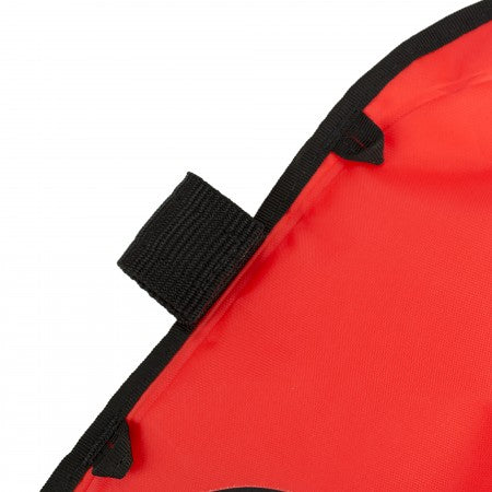 smb-3m-surface-marker-buoy-strobe-attachment-point-close-up-apdiving