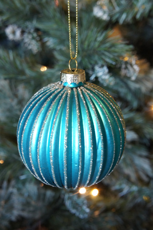 Turquoise ribbed bauble with gold detail