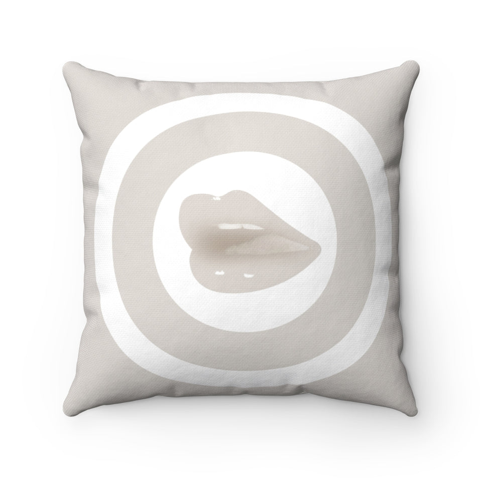 Kiss Me Cushion Beige