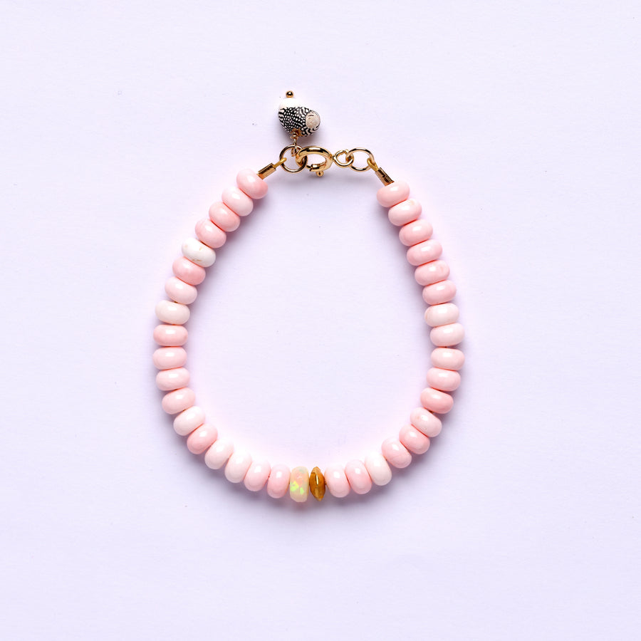 Shell, Gold and opal bracelet
