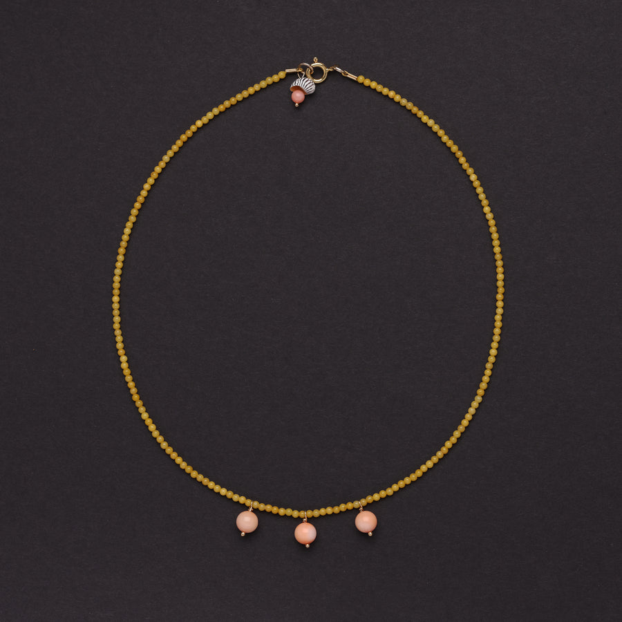 Yellow jade and coral bocce necklace