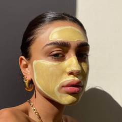Turmeric & Vitamin C Clay Face Mask