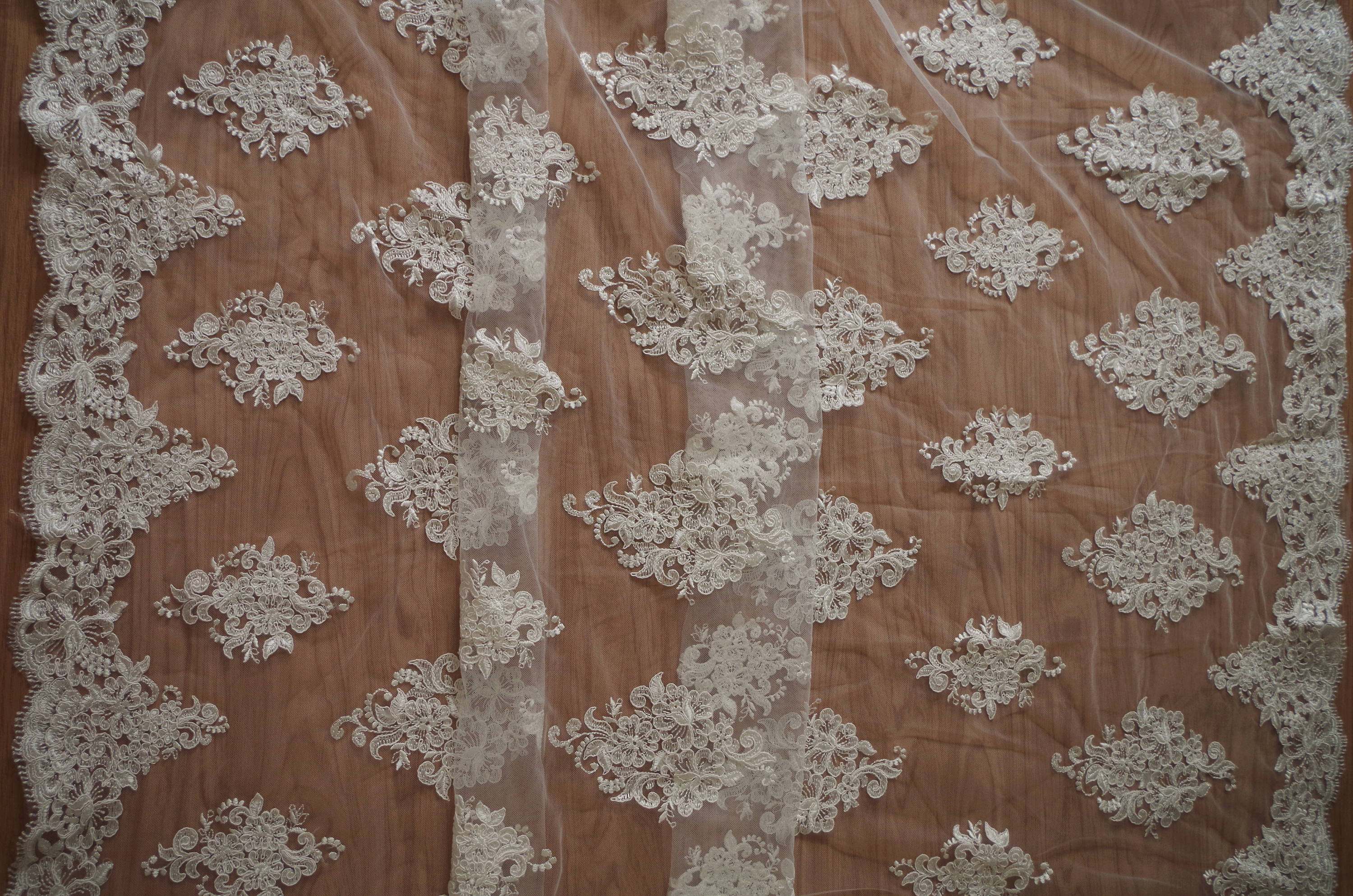 ivory cord lace fabric with retro florals, bridal lace fabric, alencon lace fabric with double scallops