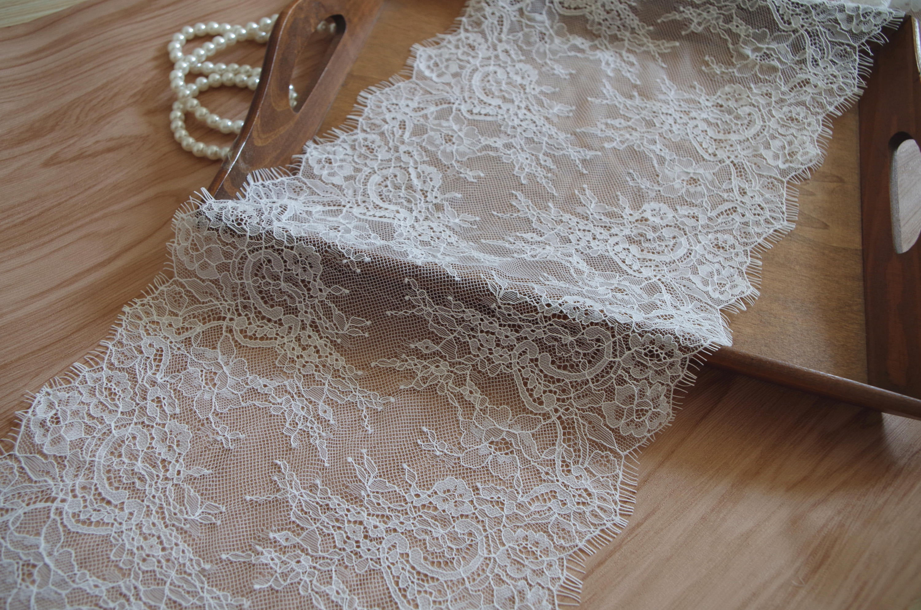 Chantilly lace fabric, lace fabric for bridal dress, French lace fabric on sale, 2017 new arrival, bridal lace fabric by the yard