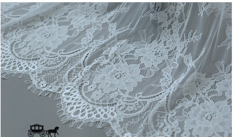 off white chantilly lace fabric, lace fabric for bridal dress lingerie, French lace fabric on sale, 2018 new arrival