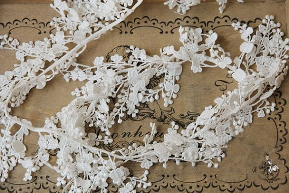 ivory cascading lace trim, bridal lace trim, antique lace trim, floral branch lace, jewelry lace