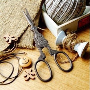 Antique Scissors Embroidery Scissors Vintage Big Ben Clock DesignTools Supplies zakka photography prop