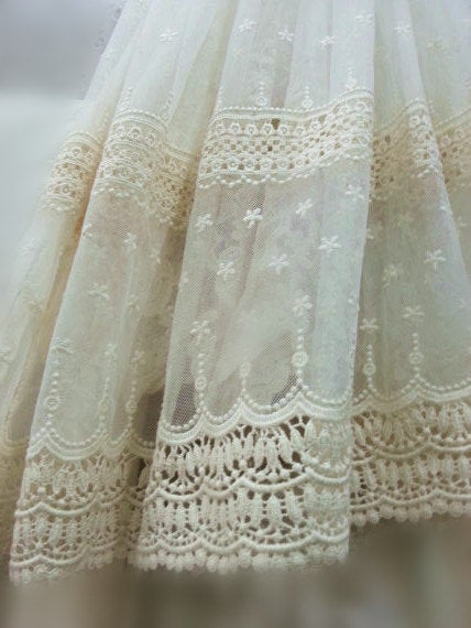embroidered tulle Ivory Lace fabric - lf208 - lace era