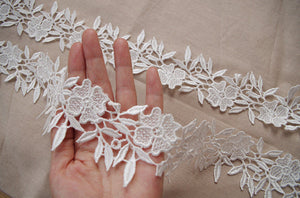 ivory venice lace trim, guipure lace trim, venise lace trim with retro flowers DG062B