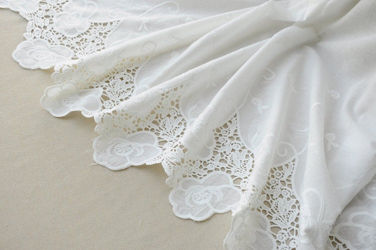 cotton eyelet lace fabric with scalloped border, hollowed out lace fabric with scallops
