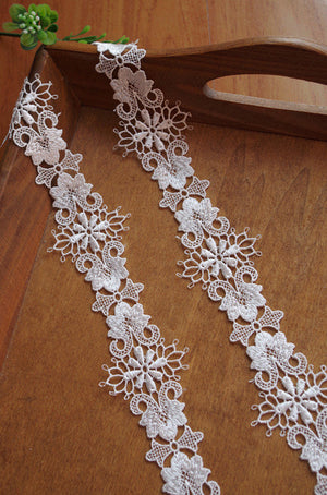 venise lace trim, crochet lace trim with delicate floral pattern