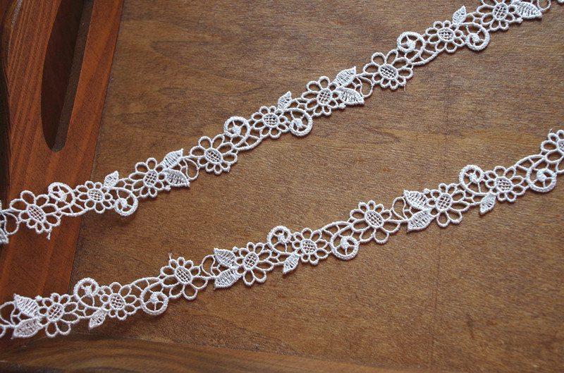 guipure lace trim, venise lace trim, crochet lace trim with tiny floral, bridal lace trim