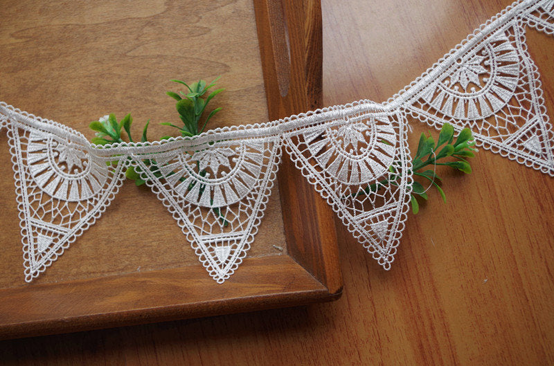 Triangle lace trim, geometric  pattern lace trimming DG127B