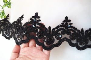 black & ivory bead lace trim, black crocheted Lace with retro floral pattern - lace era