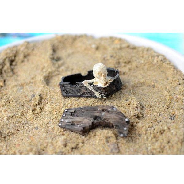 Sunken Skeleton Coffin Pet Decoration - Fish / Reptile Tanks