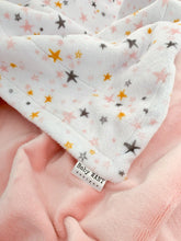 Load image into Gallery viewer, Blankets - Shell Starbright - Soft Baby Minky Blanket