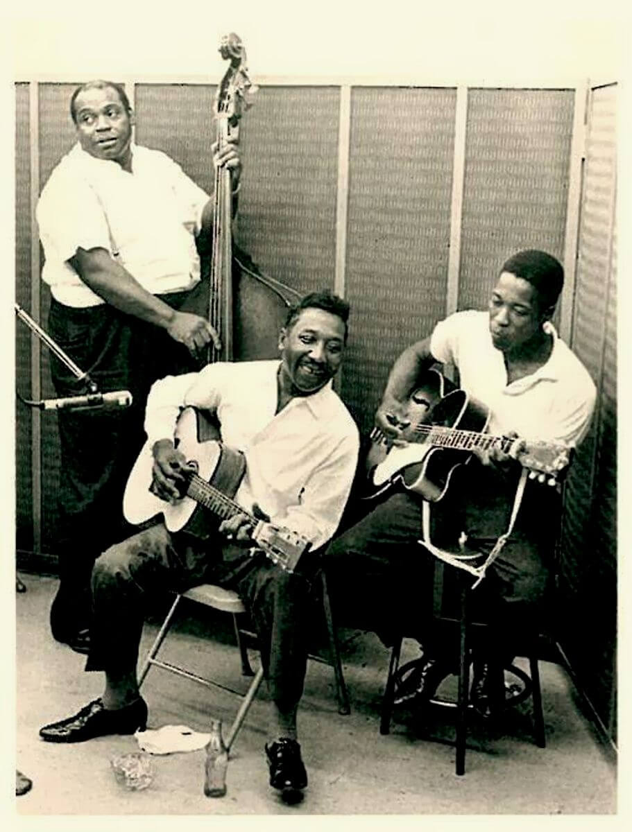 Willie Dixon, Muddy Waters and Buddy Guy in the Chess Records studio, 1964