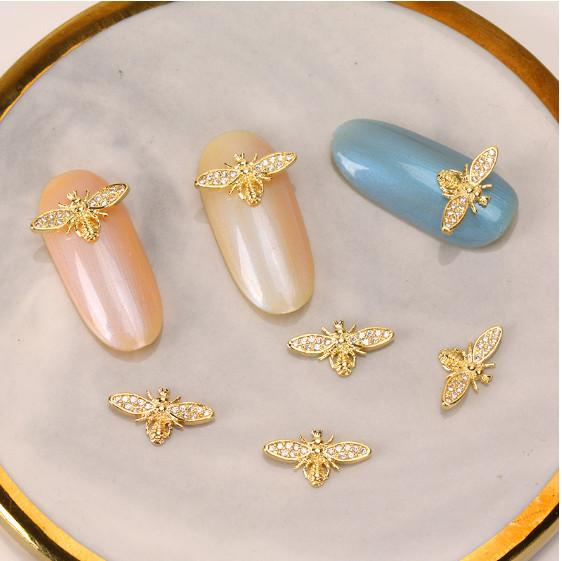 3D Gold Bee Nail Rhinestone Charms /2 pcs