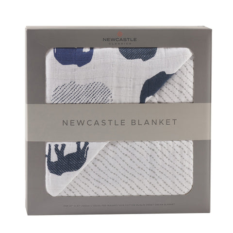 Blue Elephants and Spotted Wave Blanket