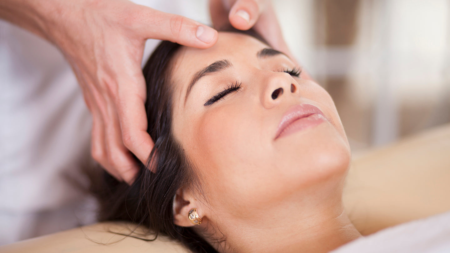 Combined Full Body Swedish Massage and Indian Head Massage Online Cour – ElizabethSands Beauty School