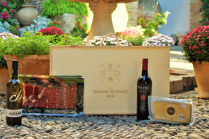 Iberian Box (Fino Wine, Acorn-Fed Assortment, Cream Wine and Cheese)