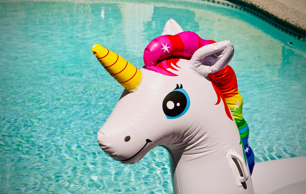 7 Snacks to Throw the Ultimate Happy Unicorn Birthday Party