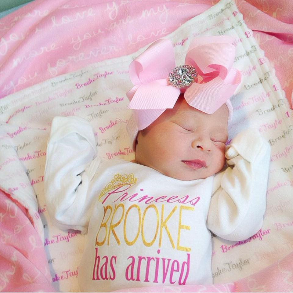 Very Personalized Princess Has Arrived Onesie – Squishy Cheeks EI88
