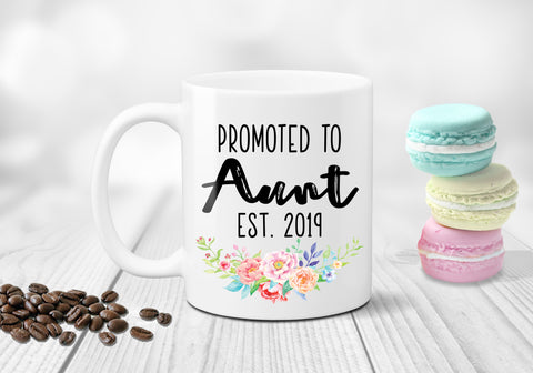 Promoted To Aunt Announcement Mug