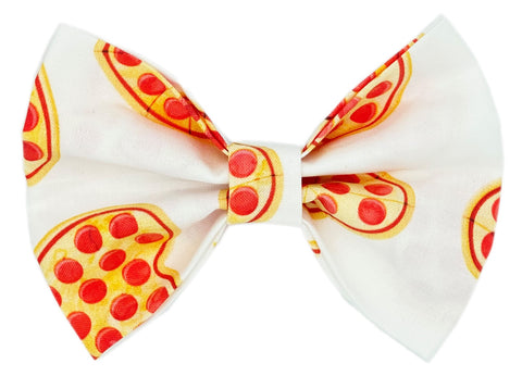 A Pizza My Heart Bowtie