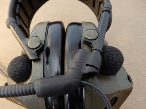 Boom microphone connect to the Comtac V headset