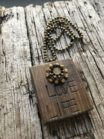 Vintage Button Necklace Love Life