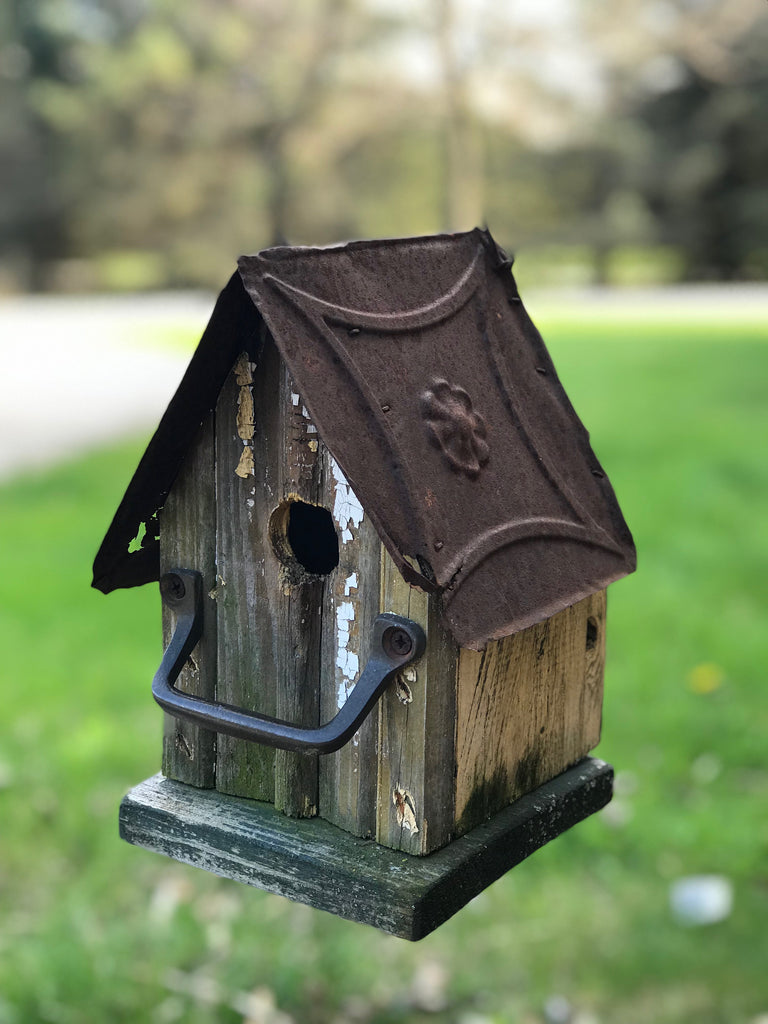 Little Vintage Birdhouse