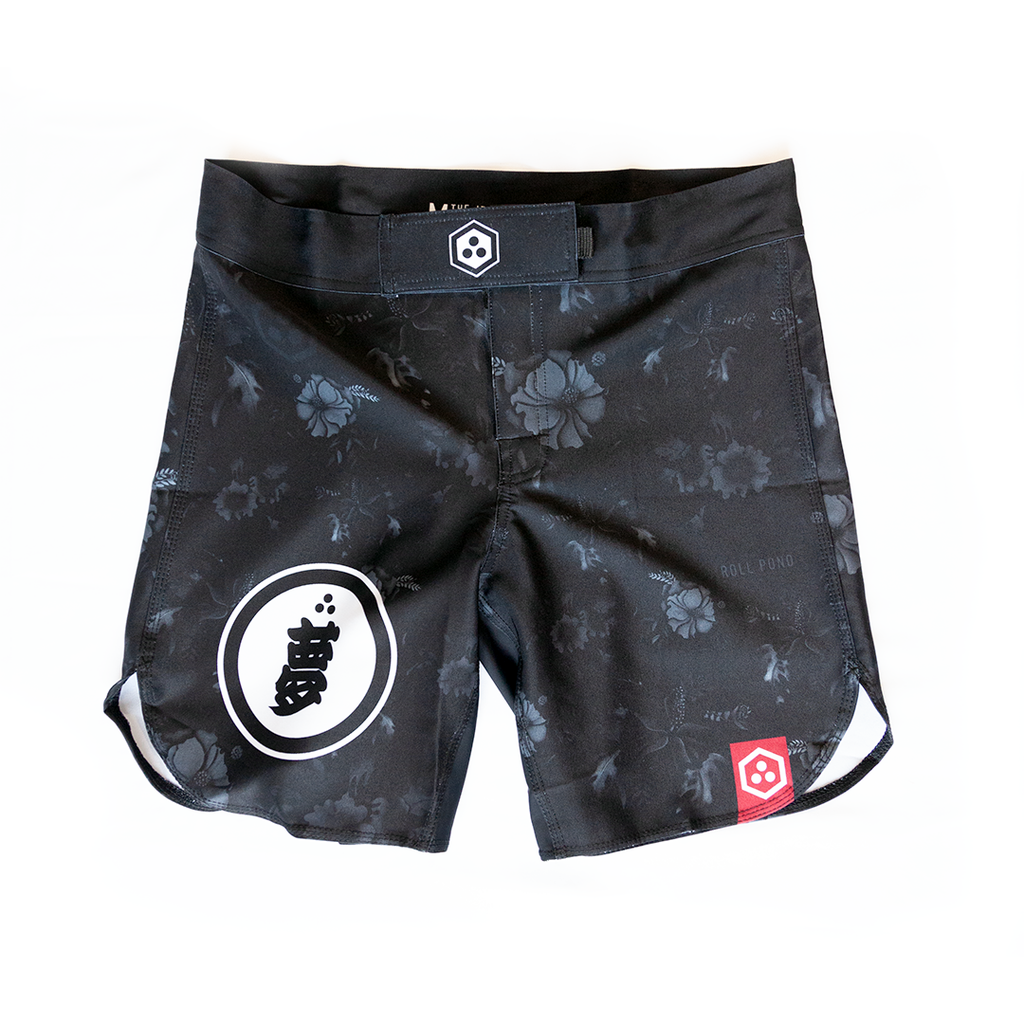 Issue: 02.1 Roll Pono Umbra Grappler Shorts