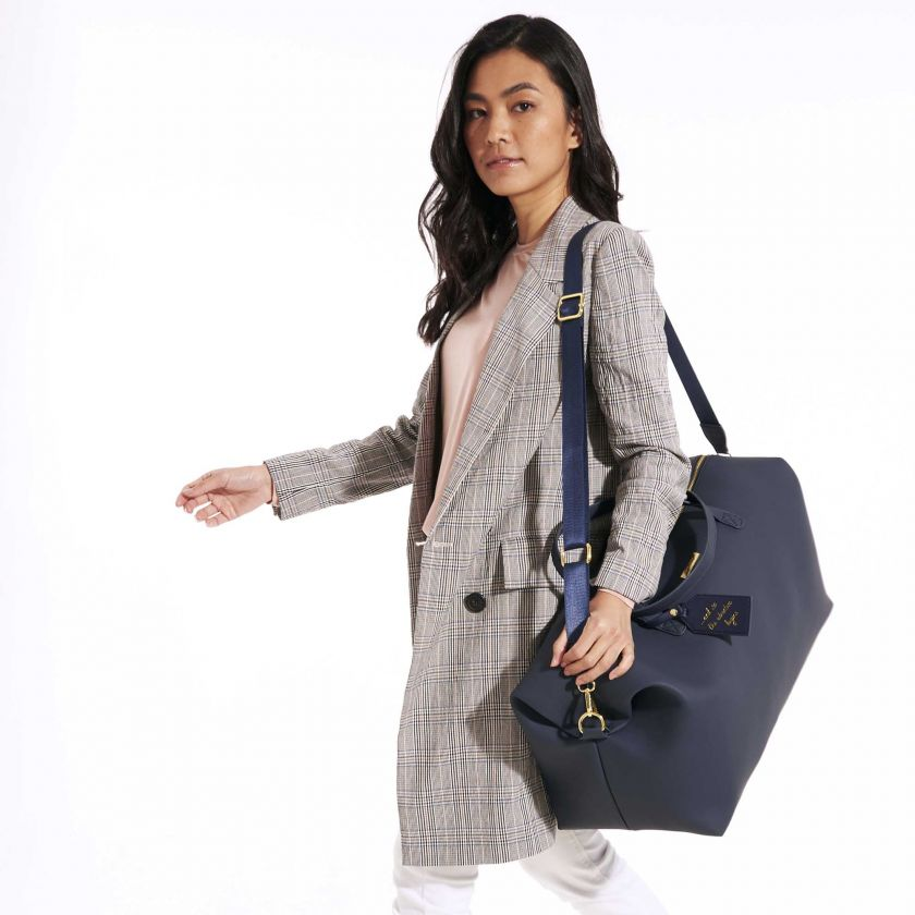 WEEKEND HOLDALL DUFFLE BAG - NAVY