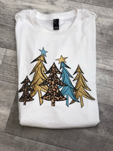 Load image into Gallery viewer, Christmas tee